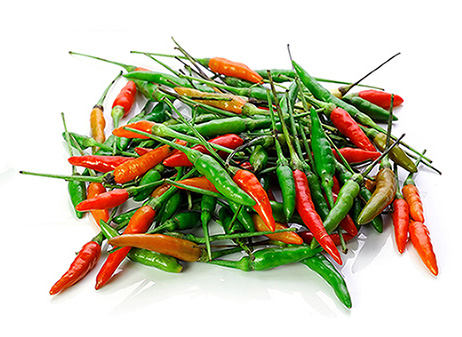 green-red-serrano-peppers